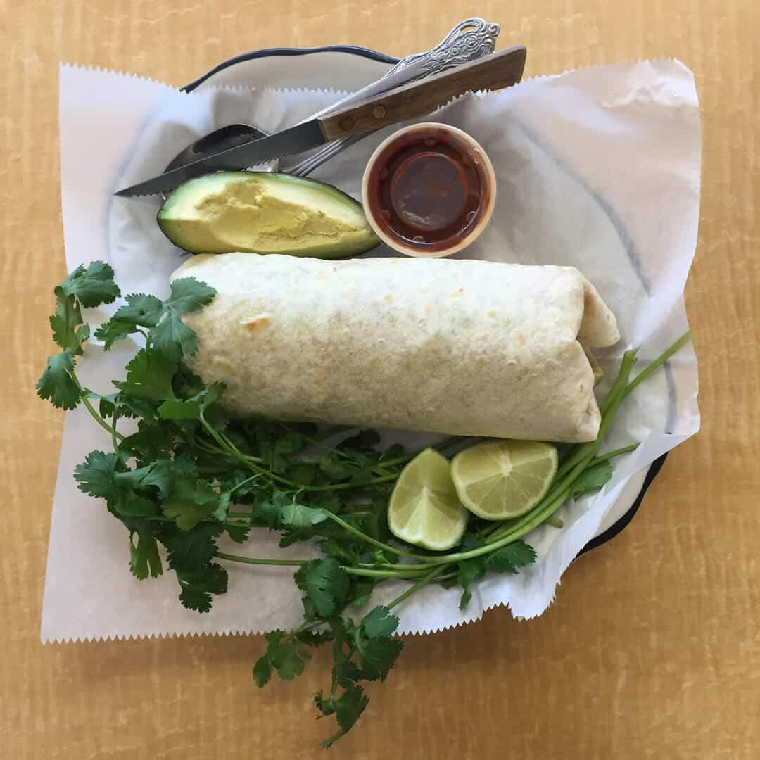 Carne Asada Burrito con Chipotle Salsa, Lemones, Cilantro, Comeda Mexican Autentica
